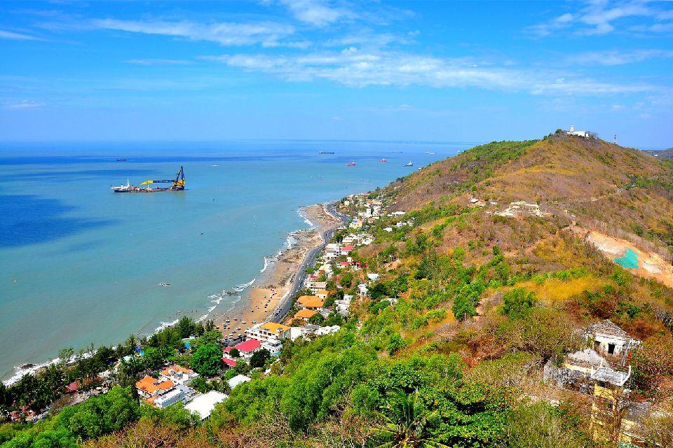 Las poblaciones turísticas del litoral , Vietnam