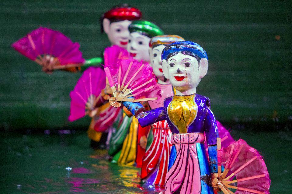 L'influenza cinese, le marionette sull'acqua , Spettacolo di marionette , Vietnam