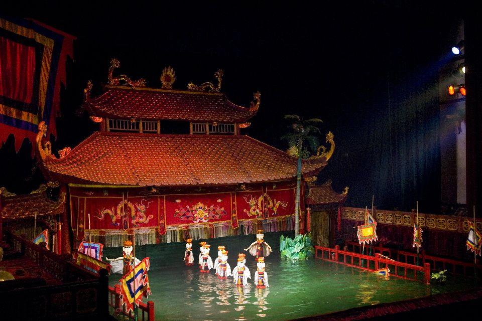 L'influence chinoise, les marionnettes , Marionnettes dans l'eau , Vietnam