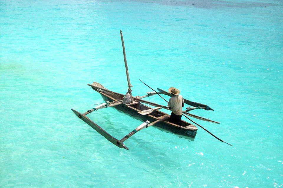 The dhow of Nungwi, The north-west coast, Coasts, Zanzibar