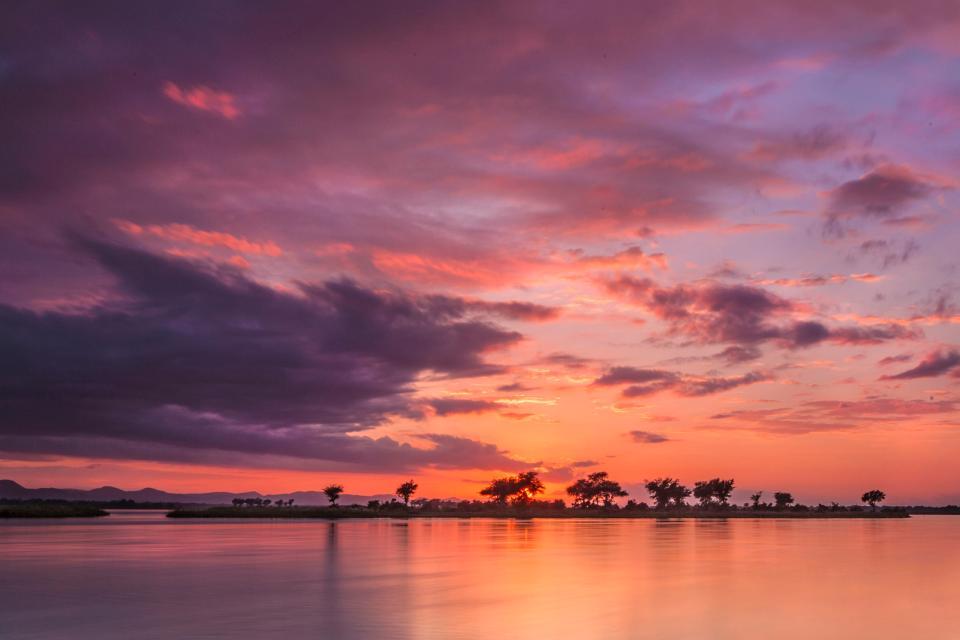 El lago Kariba , Zimbabwe