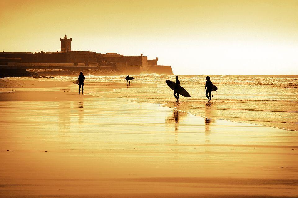 Les sports de glisse , Plage de Praia da Adraga, Sintra, Portugal , Portugal