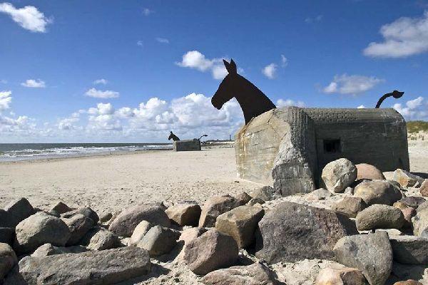 La península de Jutlandia , Antiguo búnker de Blavand, al oeste de Jutlan , Dinamarca