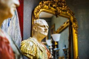 Antiques , Belgium