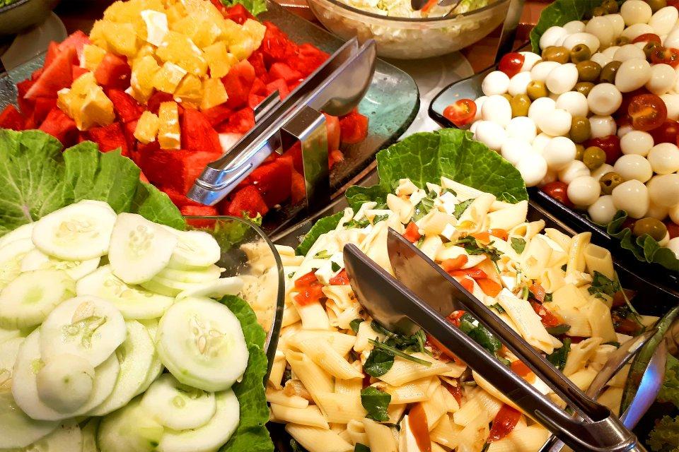 Bon appetit !, Les restaurants au kilo, Les traditions, Brésil