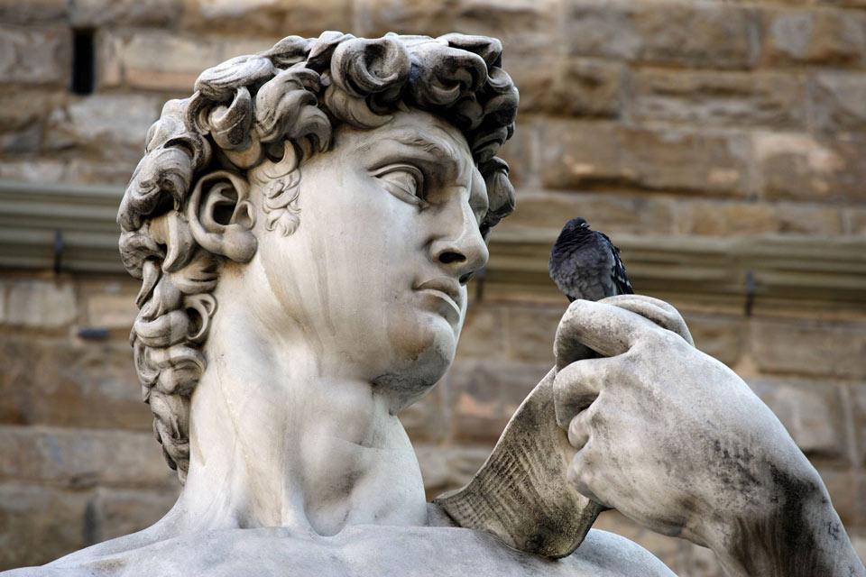 Le marbre de Carrare , La statue de David en marbre de Carrare , Italie