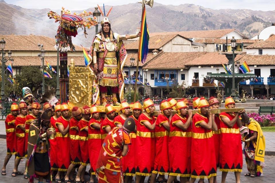 Inti Raymi à Sacsayhuaman , Inti Raymi, la Festa inca , Perù