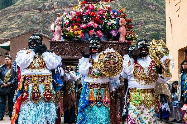 Virgen de Carmen in Paucartambo , Peru