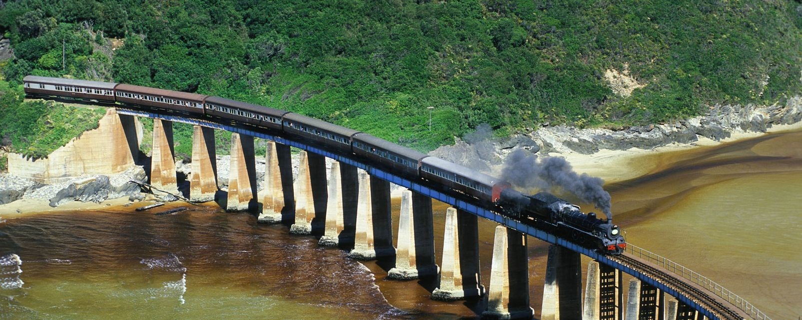 Les côtes, OUTENIQUA CHOO TJOE, train, vapeur, transport, afrique, afrique du sud, rivière, pont, kaimans
