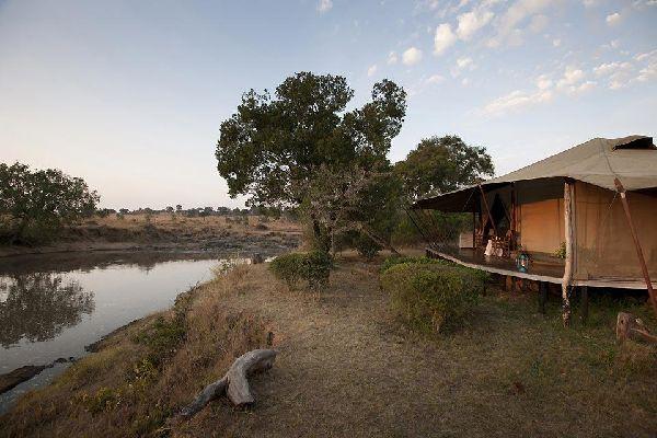 Camping , A tented camp in Kenya , Kenya