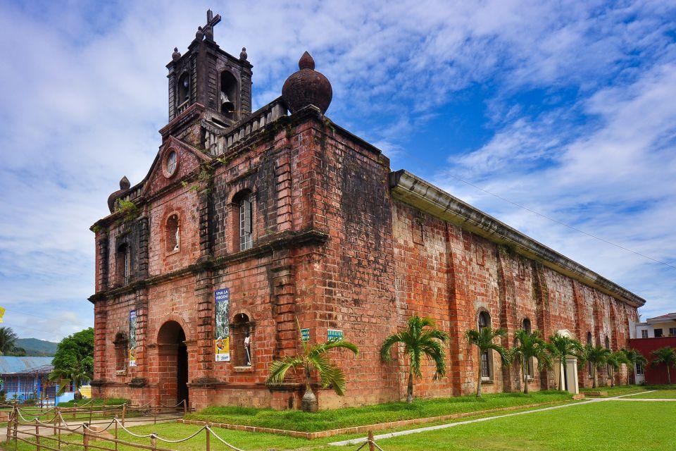 Gli ornamenti delle pareti, Le chiese, I monumenti, Filippine