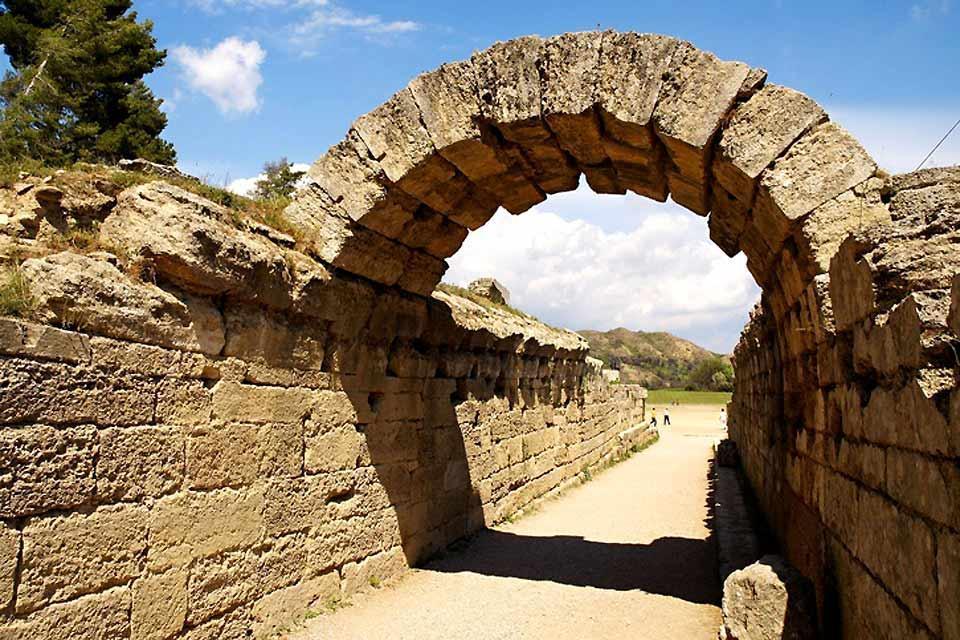 Olympie , L'entrée du stade d'Olympie , Grèce