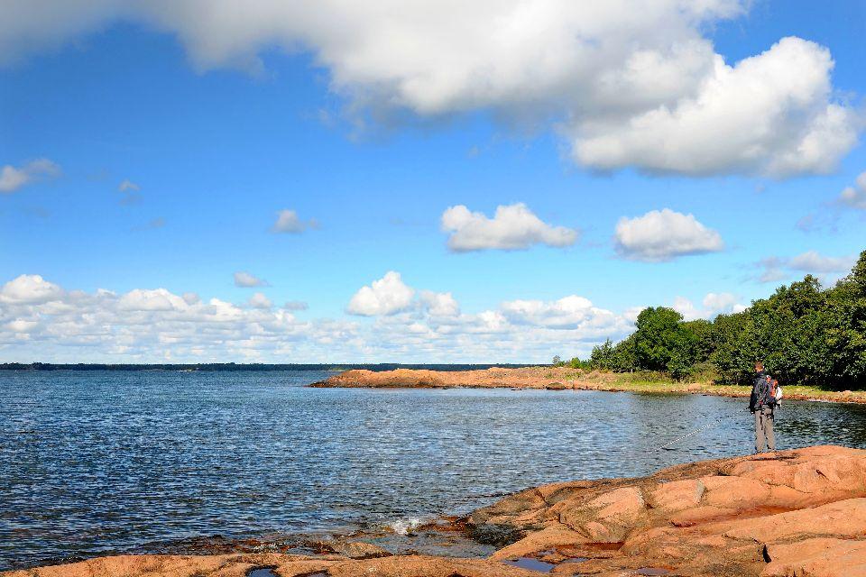 Der Archipel Åland , Die Küste einer Insel , Finnland