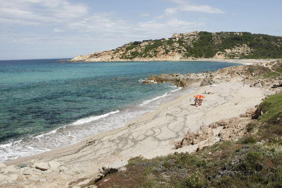 La Costa Smeralda , Playa del golfo de Asinara , Italia