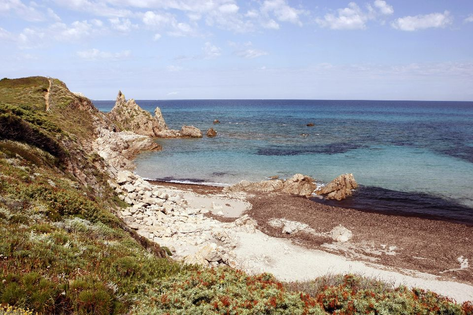 La Costa Smeralda , La Cerdeña salvaje , Italia