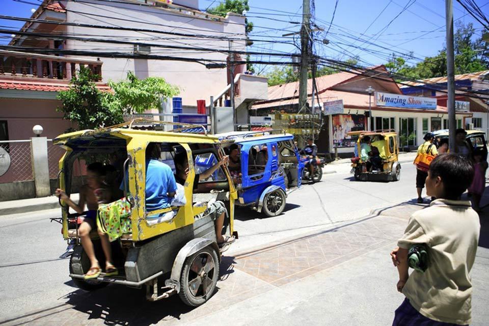Boracay , Llegar a Borácay , Filipinas