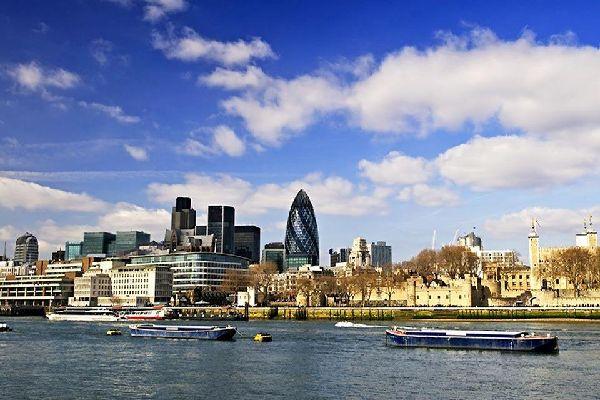 Les berges de la Tamise , Les berges de la Tamise à Londres , Royaume-Uni