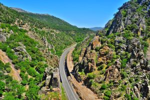 La route du Califat , Vue sur un village blanc , Espagne