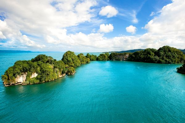 El parque nacional de Los Haitises, El Parque Nacional de Los Haitises, Los paisajes, Samana, República Dominicana