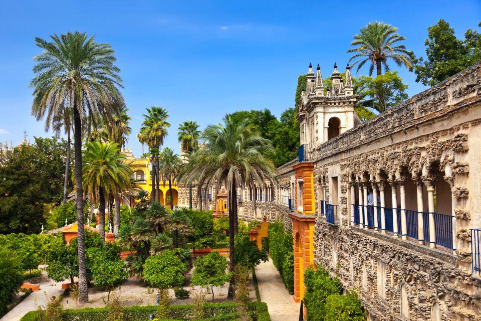 Il palazzo dell'Alcazar di Siviglia, Il Palazzo dell'Alcazar a Siviglia, I monumenti, Andalusia