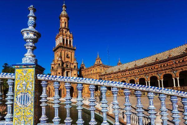 La place d'Espagne de Séville , Espagne