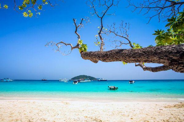 La bahía de Phang Nga , Koh Yao Noi , Tailandia