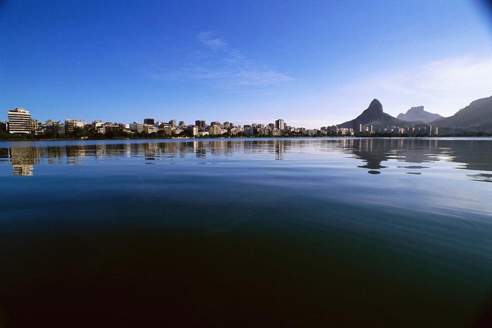 Le lagoa Rodrigo de Freitas , Un cadre enchanteur , Brésil