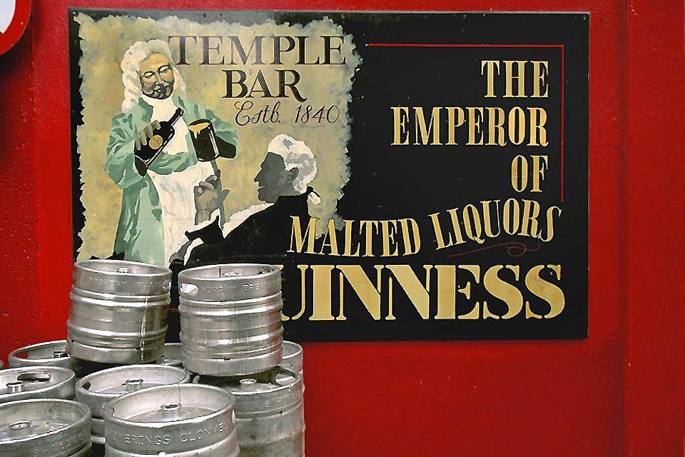 Lovely day for a Guinness?, Guiness Storehouse, Die Monumente, Dublin, Irland