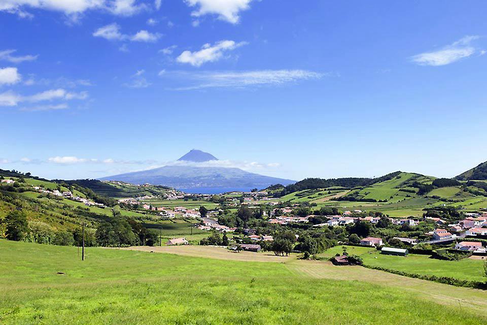 El cono volcánico de Pico , Portugal