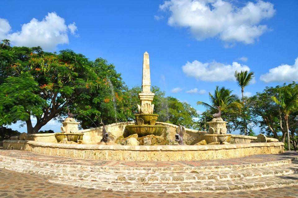 El balcón de Romeo y Julieta, Altos de Chavon, Los monumentos y los paseos, República Dominicana