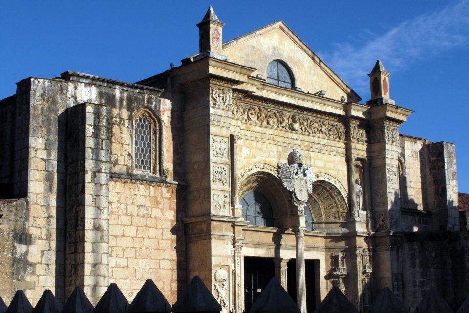 The cathedral's façade, Santo Domingo's cathedral, Monuments and walks, Santo Domingo, Dominican Republic