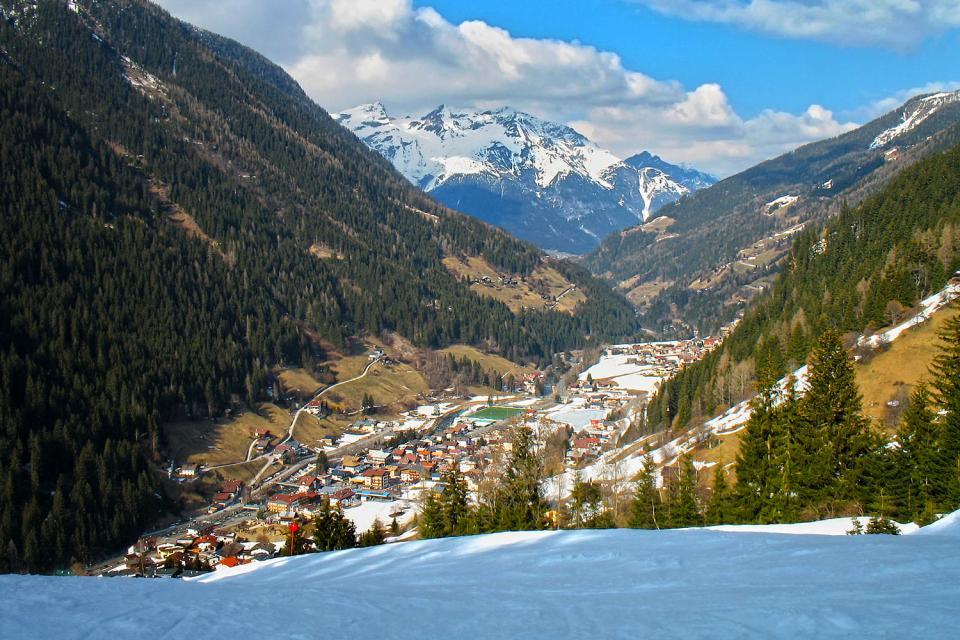 Das Tiroler Paznaun , Ein Waghalsiger Skifahrer , Österreich