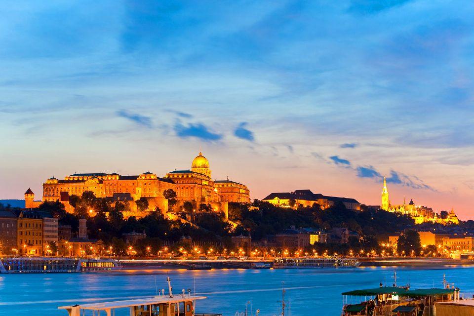 Le château royal de Budapest , Les curiosités du château , Hongrie