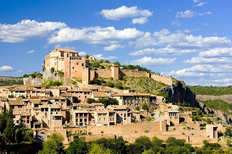 Alquézar, Festung und Colegiata (Stiftskirche) , Alquézar, Festung und Colegiata (Stiftskirche , Spanien