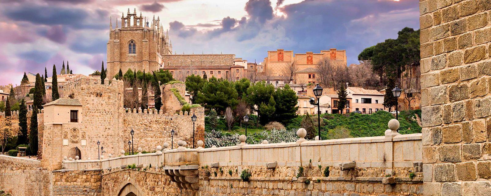 Kloster San Juan de los Reyes , Spanien