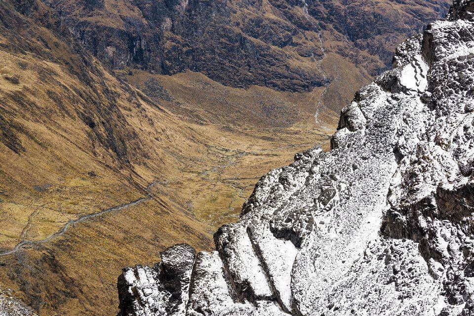 La cordillère des Andes , Mont Fitz Roy , Bolivie