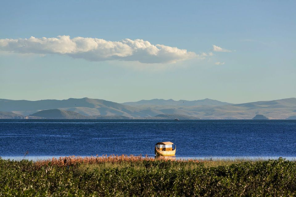 Il lago Titicaca , Il lago navigabile più alto del mondo , Bolivia