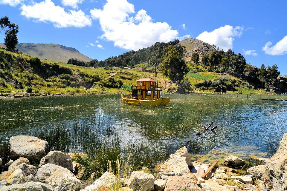 Il lago Titicaca , Le sponde del Lago Titicaca , Bolivia