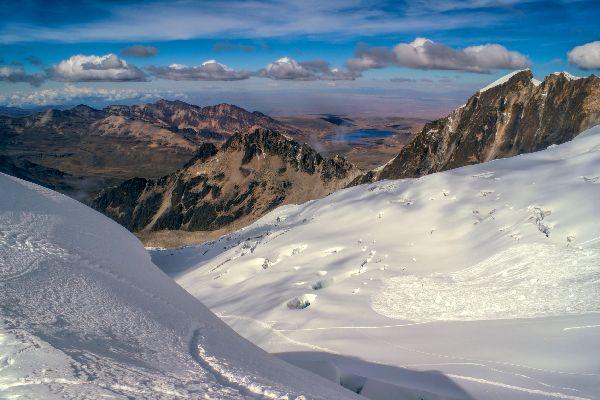 La cordillère royale , Pics enneigés , Bolivie