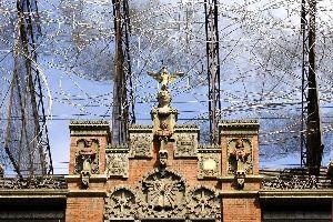 Fondation Antoni Tàpies , La Fondation Tapiés , Espagne