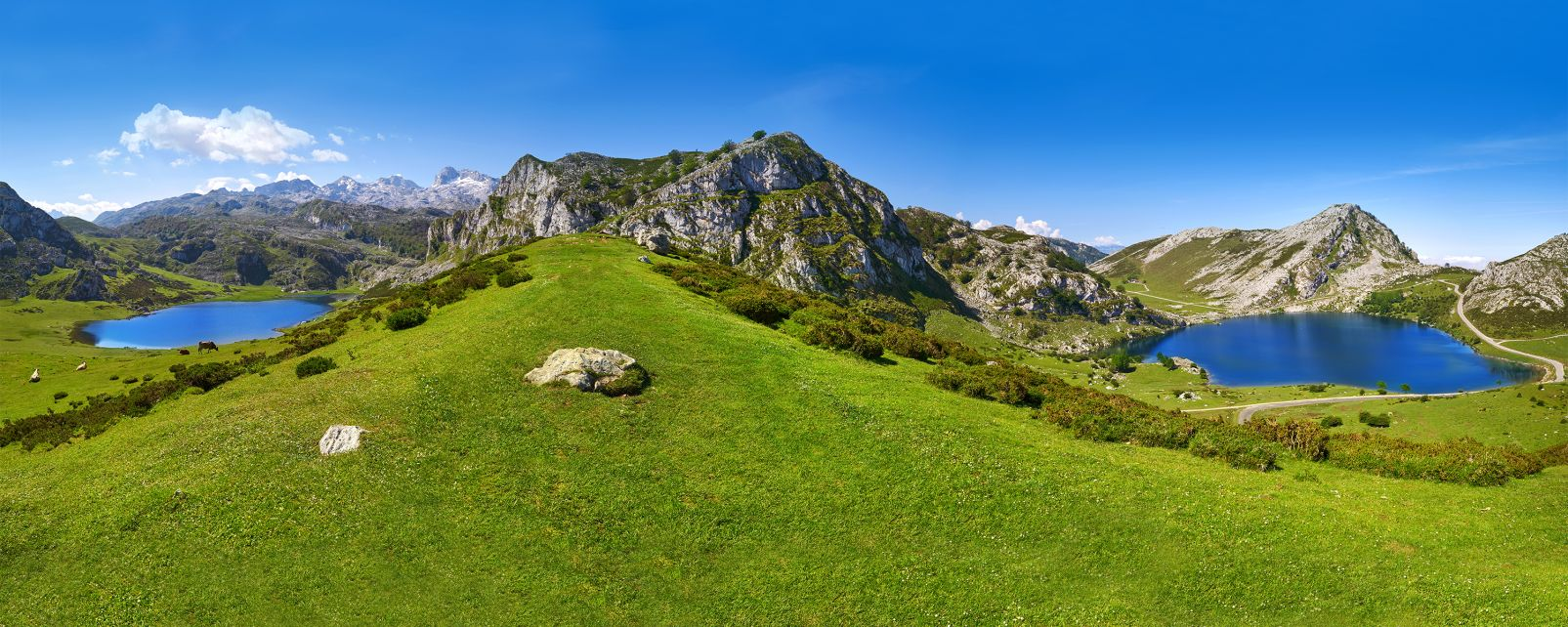 Covadonga, its lakes and its mountains, The lakes and mountains of Covadonga, Landscapes, Asturias