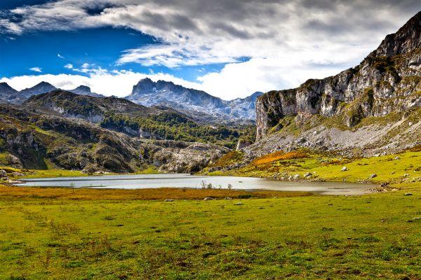 Risultato immagini per Covadonga paesaggi
