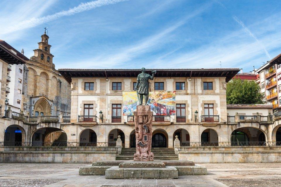 Les arts et la culture, Espagne, Guernica, pays basque, basque