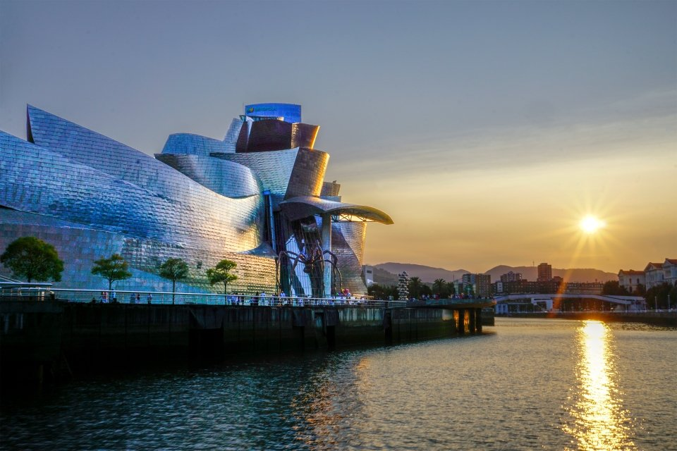 The Guggenheim Museum in Bilbao, Guggenheim Museum Bilbao, Arts and culture, Basque Country