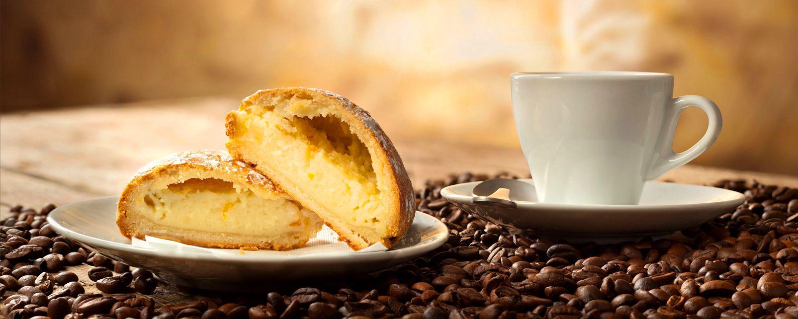 Le café , Café et sfogliatella , Italie