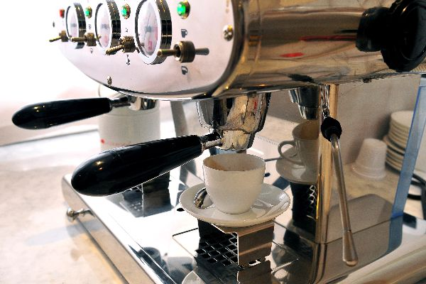 EL CAFÉ , El expreso , Italia