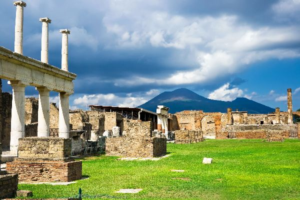 Pompeji, Ercolano und Oplontis , Das Große Theater , Italien