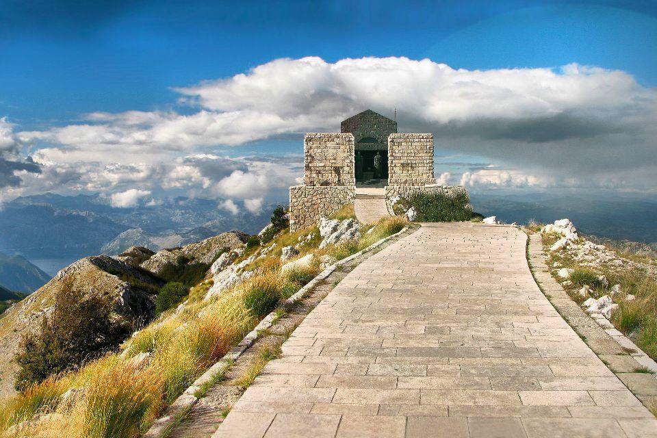 Parco Nazionale di Lovcen , Un villaggio di montagna , Montenegro