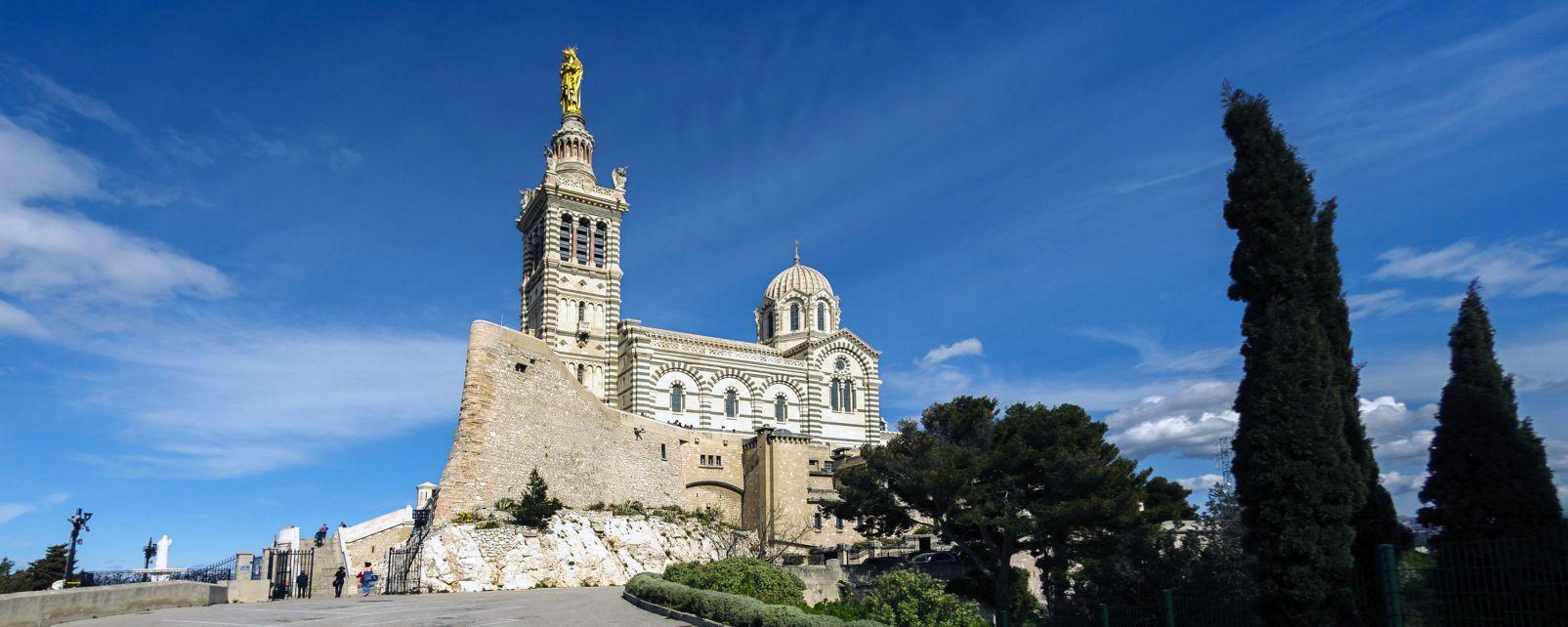 Notre-Dame de la Garde, Die Monumente, Provence-Côte-d'Azur