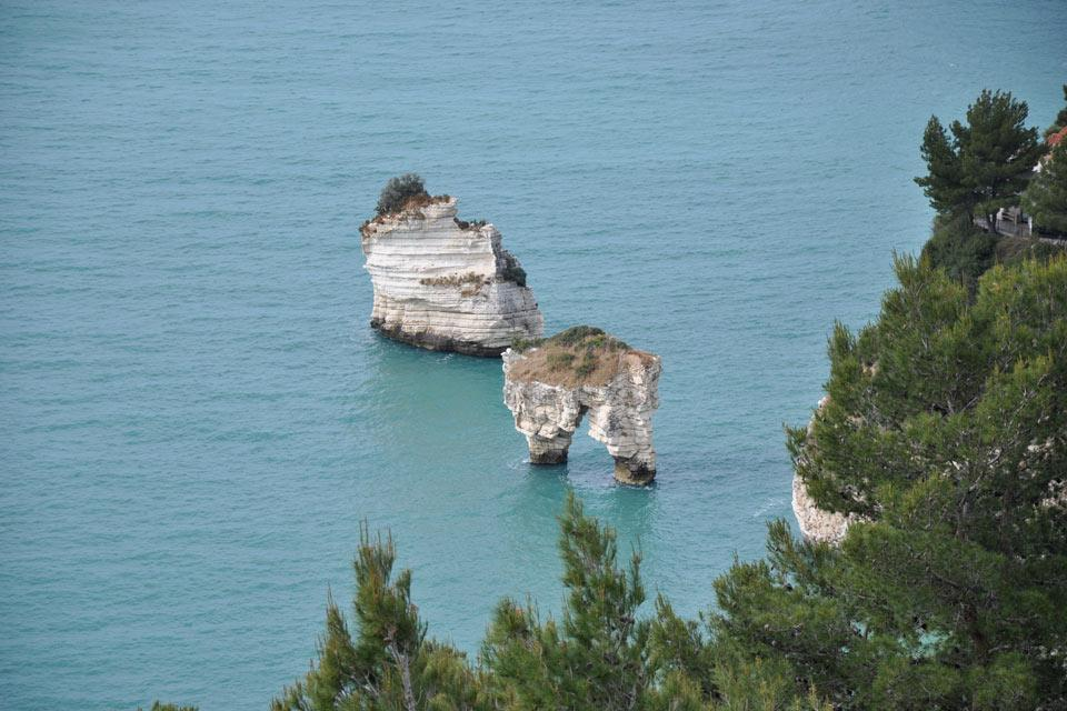 Il Gargano , La roccia nel Gargano , Italia